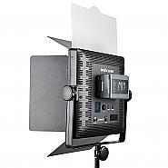 Godox LED 1000C met barndoors