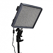 Aputure Amaran Ledlight 672C